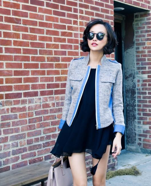 misspouty blog prada saffiano tote pink black cape dress denim tweed blazer giuseppe zanotti bow sandals street style fashion blogger hermes bracelet  01